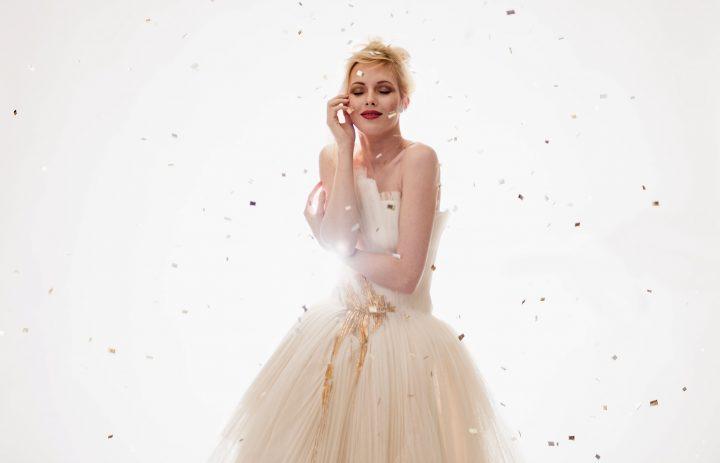 titel-anett-franke-taf-woman-leipzig-couture-plissee-gold-plissee-hochzeitskleid-bridalgown--7(1)