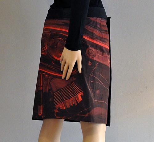 anett-franke-taf-woman-leipzig-rock-kultur-wickelrock-rot-digitaldruck-kunst