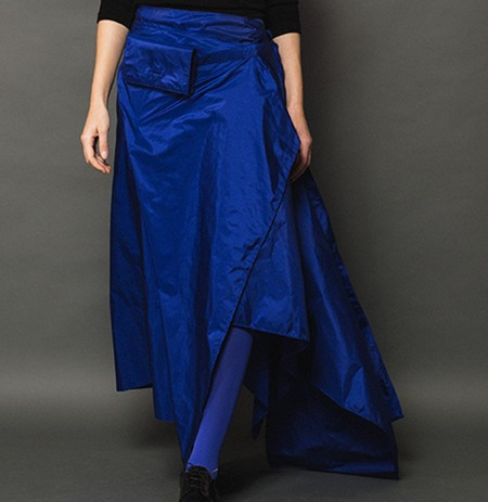 rock-hyrtum-Fashion-Tafwoman-Woman-7892-quadrat