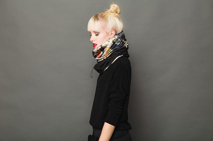 schal-malf-Fashion-Tafwoman-Woman-7749