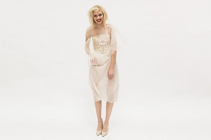 anett-franke-taf-woman-leipzig-creme-seide-stickerei-hochzeitskleid-bridalgown--10