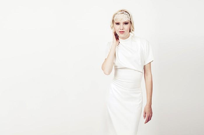 anett-franke-taf-woman-leipzig-modern-seide-kurz-puristisch-hochzeitskleid-bridalgown-9178