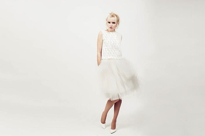 anett-franke-taf-woman-leipzig-plissee-rock-top-stickerei-hochzeitskleid-bridalgown-9768-