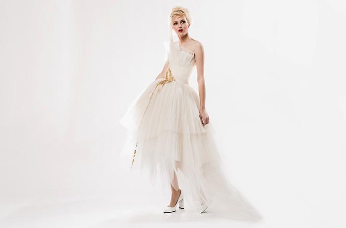 hoch-anett-franke-taf-woman-leipzig-organza-seide-origami-braut-hochzeitskleid-bridalgown-2-2