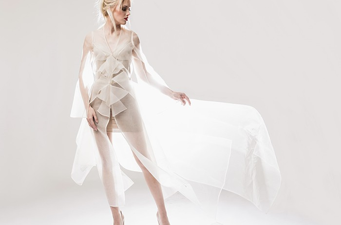 hoch-anett-franke-taf-woman-leipzig-organza-seide-origami-braut-hochzeitskleid-bridalgown-2-2(1)