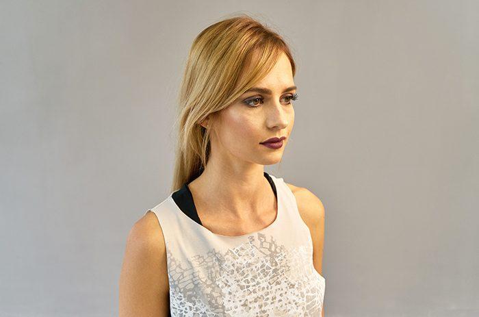 2017-modedesign-couture-anett-franke-leipzig-design-shirt-grau- Taf Woman00242