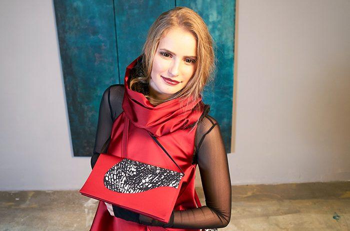 Taf-woman-mode-design-Fashion-Winter-taeschchen-2017_182003_1
