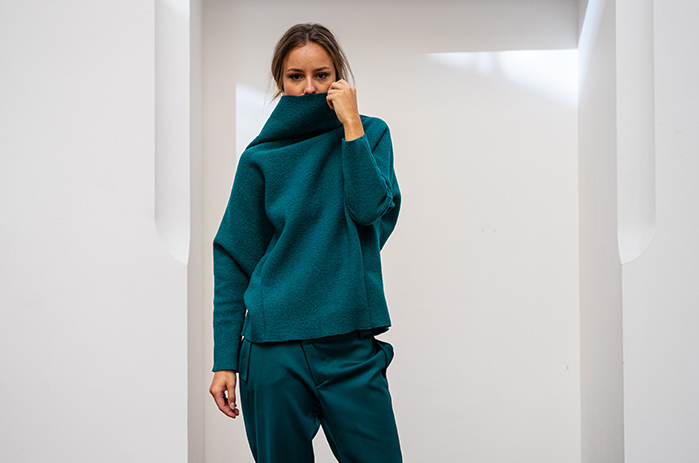 home-taf-woman-wolle-pullover-trend-petrol-leipzig-designstudio_1