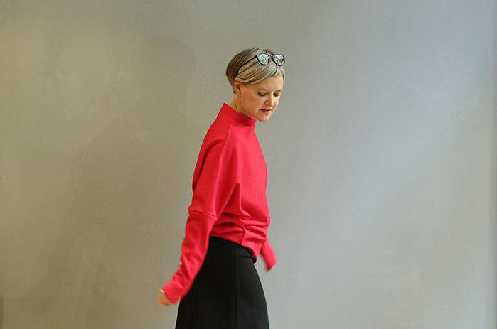 bea,mde,taf-woman,leipzig,roter, shirt,langarm,herbstIMG_2074_1