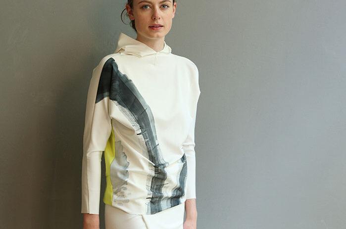 hoodie-taf-woman-leipzig-damenmode-design-4578_1